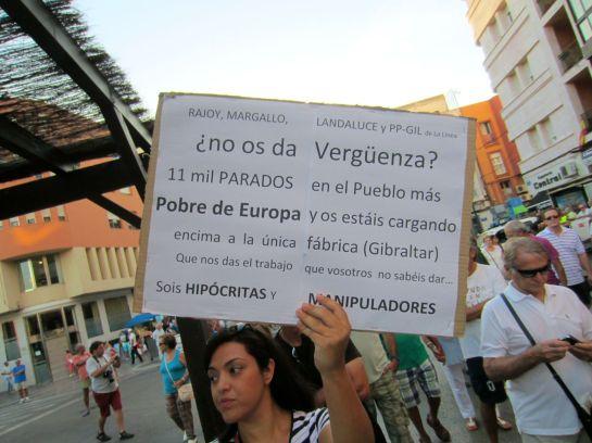 Manifestacion en La Linea, Pan, Trabajo, Techo...jpg - 85