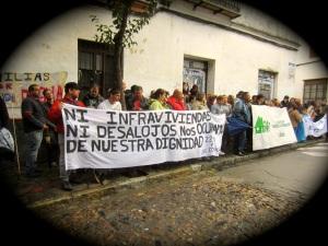 Manifestacion-Jornada provincial por la vivienda-22M-corralas dignidad Sanlucar, esta tarde.jpg - 02